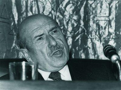 Cada ano que a RAG renega dele, Carvalho Calero é mais reconhecido autor das Letras Galegas!