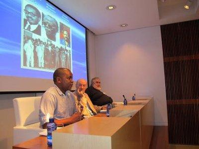 O FACHO: Angola e Galiza, Língua polo professor Benavides Euculica Maúricio