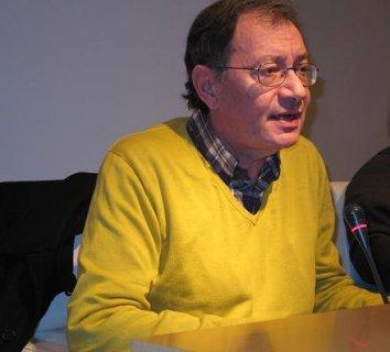 """O FACHO: """"A Crítica do discurso ideológico? por Francisco A. Sampedro Ojeda"""
