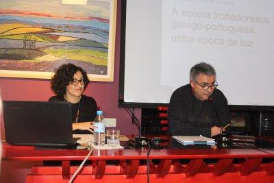 O FACHO: Cantigas galego-portuguesas, por Leticia Eirín