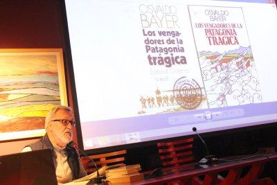 """O FACHO: Xavier Alcalá con """"De Ferrol à Patagônia: Historia dumha Revoluçom"""""""